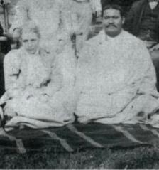 Annie Besant with G.N. Chakravarti.